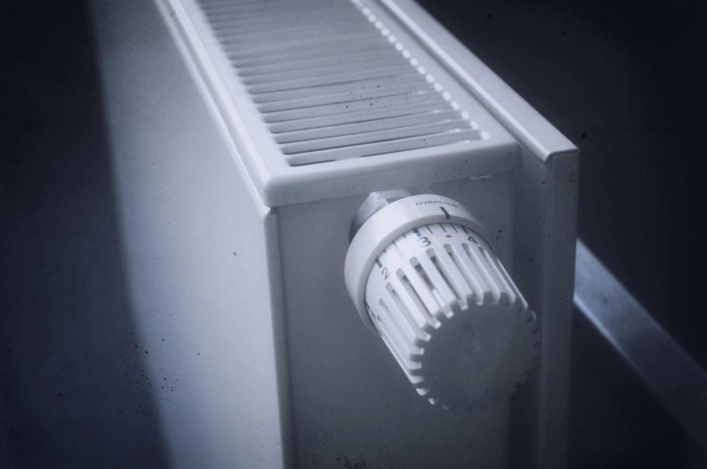 radiátor szeleppel és termosztatikus fejjel